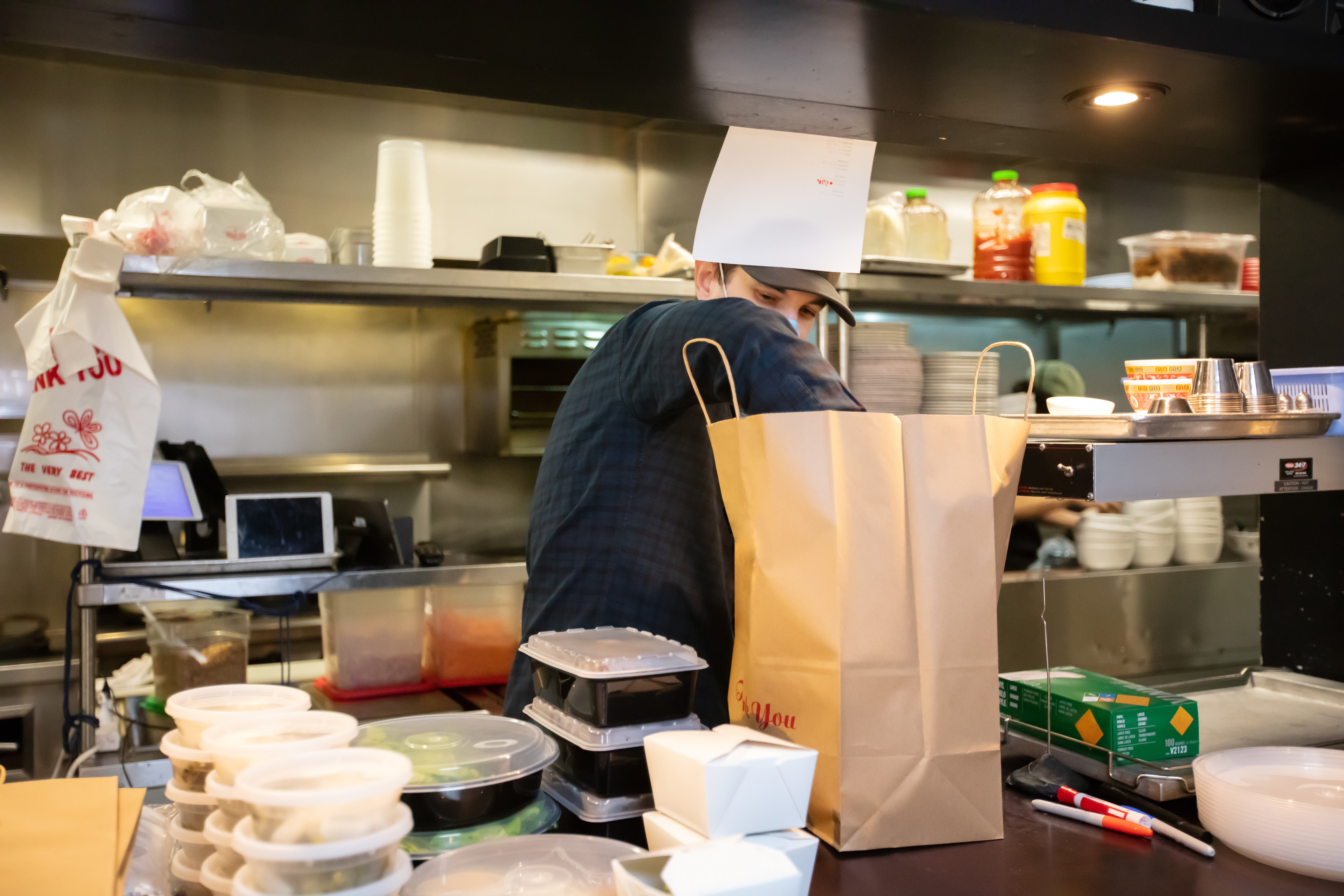 The restaurant business: How can I increase my revenue?