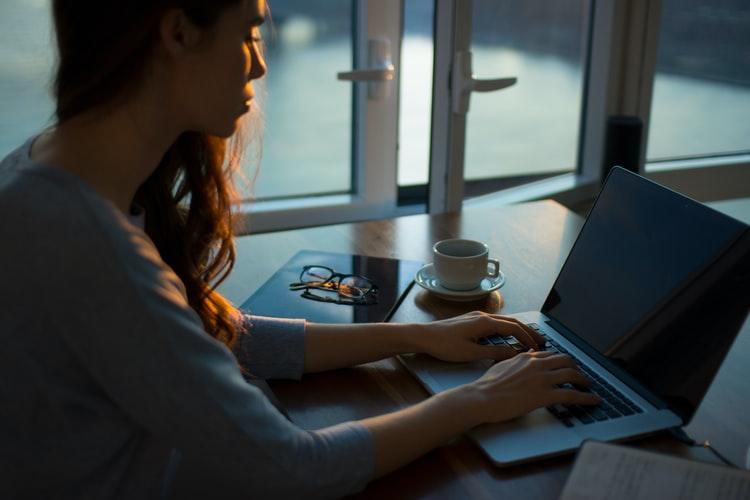 Comment gérer son stress en période de télétravail?